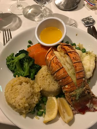 Harmony of the Seas: View of lobster dinner