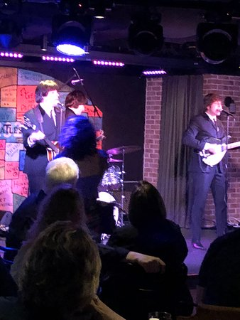 Norwegian Bliss: The Beatles playing in the Cavern.