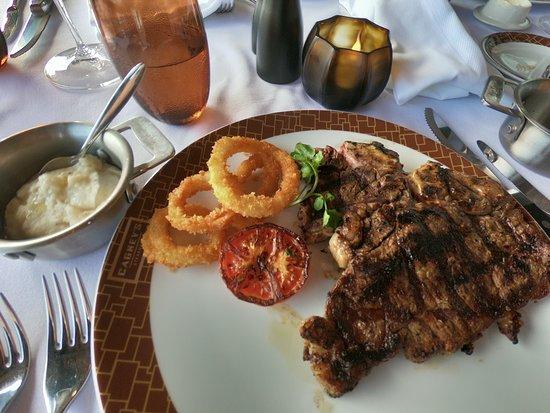 Norwegian Bliss: Steak dinner at Cagneys