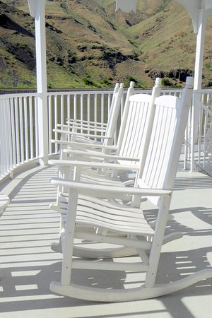 American Empress: There were plenty of rocking chairs on deck.