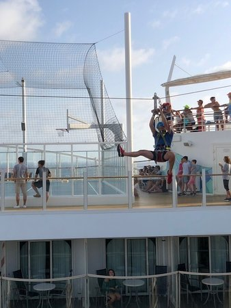 Harmony of the Seas: Zip line on the ship