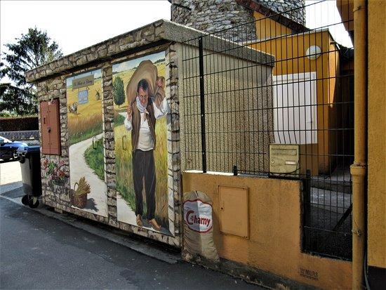 Charny, Frankrike: Le transformateur relooké