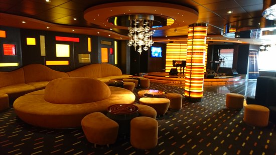 MSC Divina: The Golden Bar