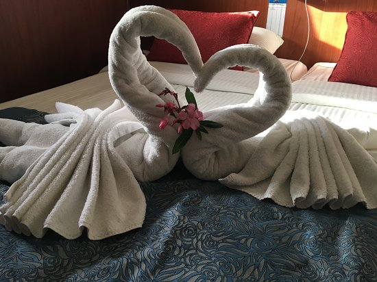 Galileo: The staff made this beautiful swans for us