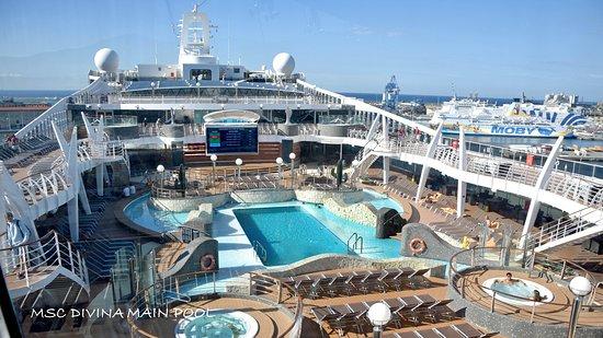 MSC Divina: All pool phots were taken when the ship was virtually empty in Civitavecchi