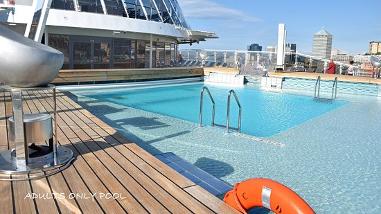 MSC Divina: Adults only pool