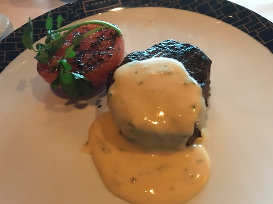 Norwegian Getaway: Filet Mignon w/Bearnaise.