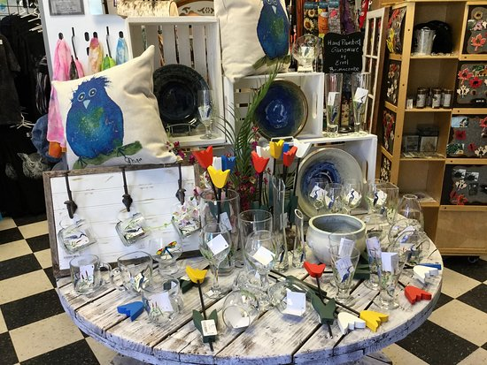 Artisans Attic and Fudgery Gift Shoppe