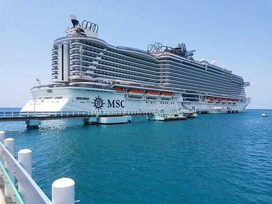 MSC Seaside: Seaside in port