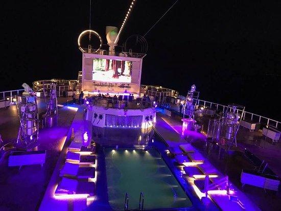 MSC Seaside: Top deck