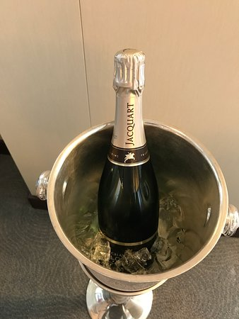 Riviera: Welcome bottle of Champagne in PH suite.