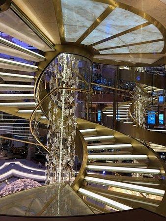 Regal Princess: Stairway