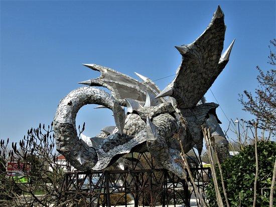 Le dragon de Claye Souilly