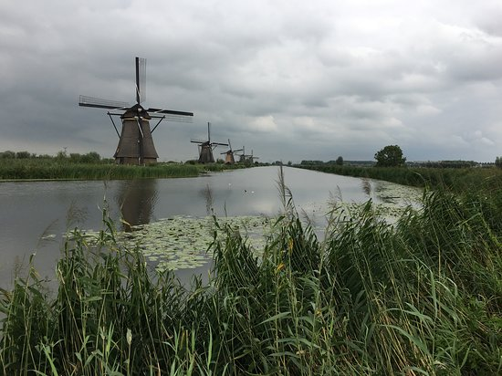 Crystal Mahler: Kinderdijk in Amsterdam- an iconic photo spot and delightful excursion.