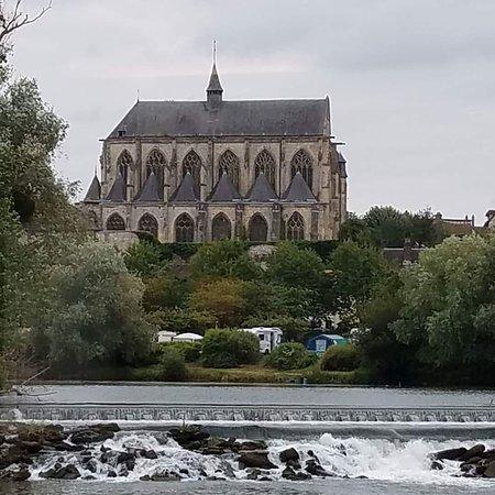 Viking Kadlin: Along the Seine.