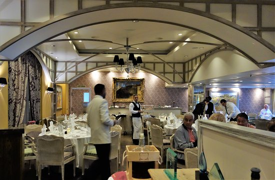 Riviera: Jacques French restaurant