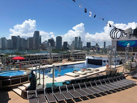 MSC Seaside: Miami Beach pool
