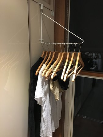 Emerald Radiance: My special hanger for hanging wet clothes up to dry... right in front of the drop down window. Brilliant