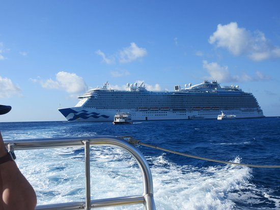 Regal Princess anchored at Princess Cays.