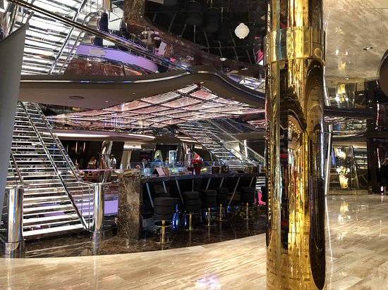 MSC Seaside: Crystal Staircase in main foyer