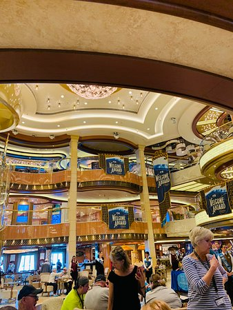 Regal Princess: The Piazza