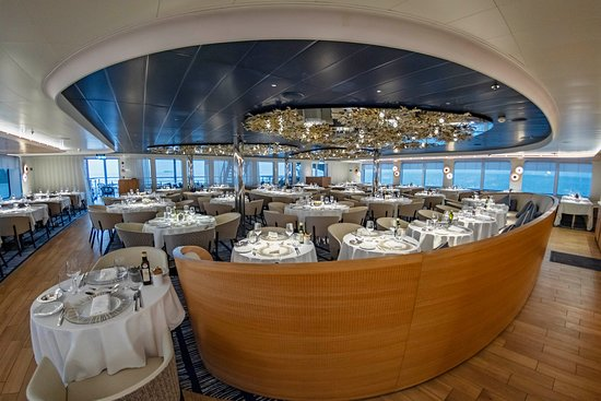 Le Laperouse: The main restaurant.  The food was absolutely excellent and varied, through