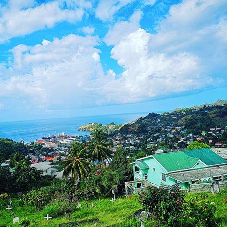 Britannia: St. Vincent & The Grenadines