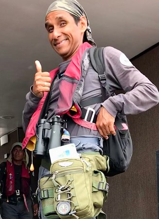 Aria Amazon: GuideCarlos has a new daypack with compass!