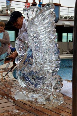 Ventura: Ice Sculpture