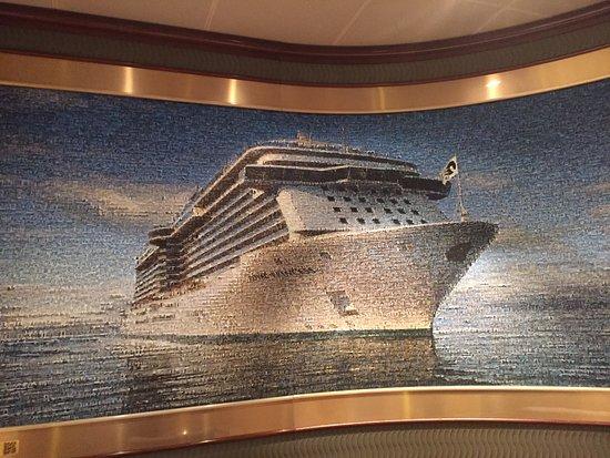 Royal Princess: photo collage of the ship