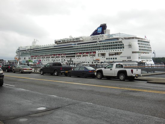 Norwegian Pearl: Our NCL Pearl ship taken to Alaska.