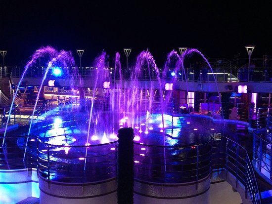 Water show on the Royal Princess