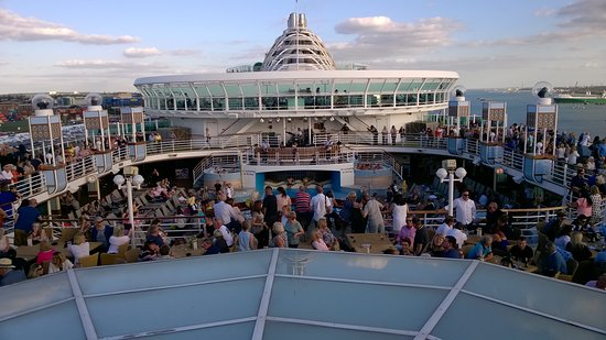 Ventura: The sail away party on Deck 15