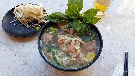 The Viet Noodle Guy: Pho Dac Biet