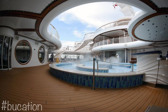 Disney Dream: The Cove - Adults Only
