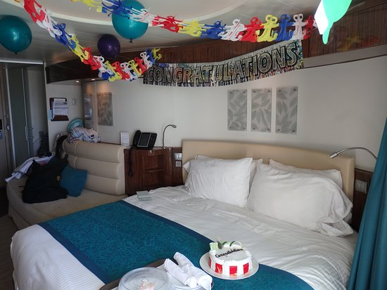 Norwegian Epic: Cabin dressed for my wifes birthday by NCL