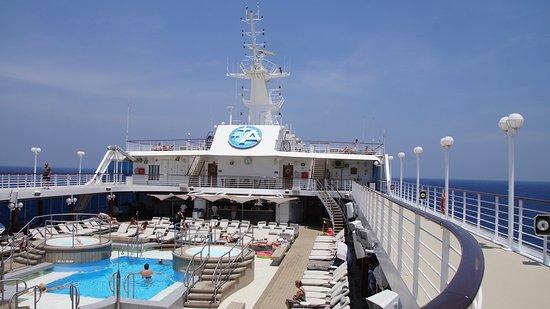 Azamara Quest: Pool Deck