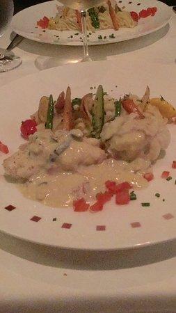 Celebrity Solstice: Dinner in Murino