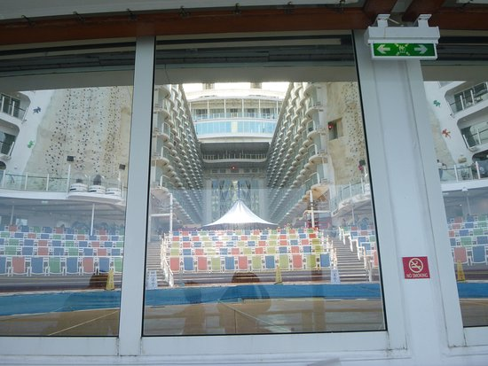 Oasis of the Seas: Here is a different view of the Boardwalk. This is taken from the back of the ship, on the track, looking into the stage and pool of the Aqua Theatre.