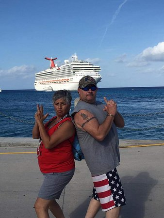 Carnival Freedom: Fooling around when getting off boat