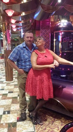 Carnival Freedom: Going to dinner