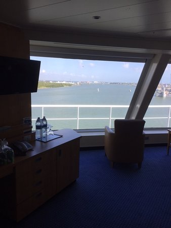 Carnival Freedom: Our room . Foor to ceiling windows! Love this room!!!