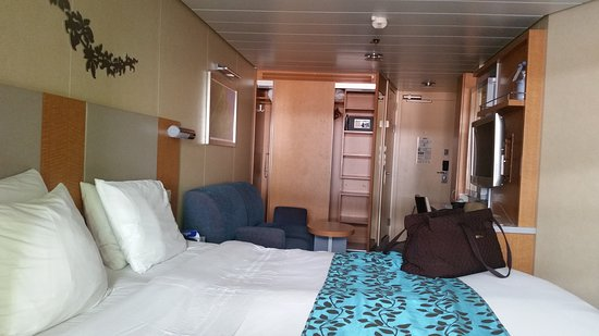 Oasis of the Seas: 9615. Very nice!