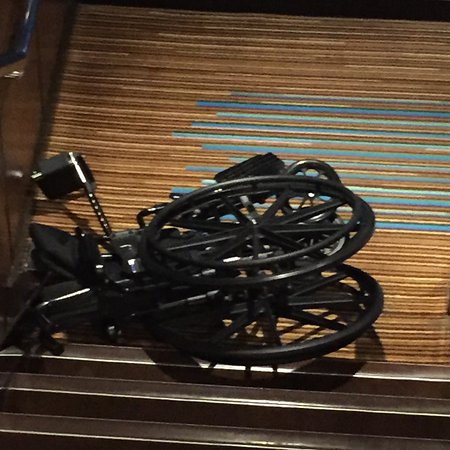 Norwegian Epic: wheelchair laying on the landing between deck 8 and 7 at 6am