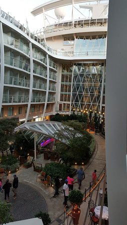 Oasis of the Seas: View from Central Park Balcony.