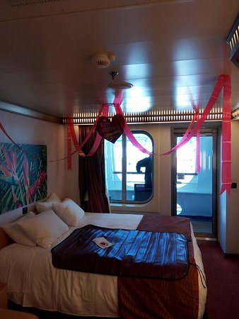 Carnival Magic: Cove balcony