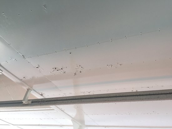Celebrity Equinox: Peeling paint