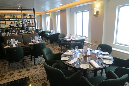 Kong Harald: Main restaurant 'Torget'