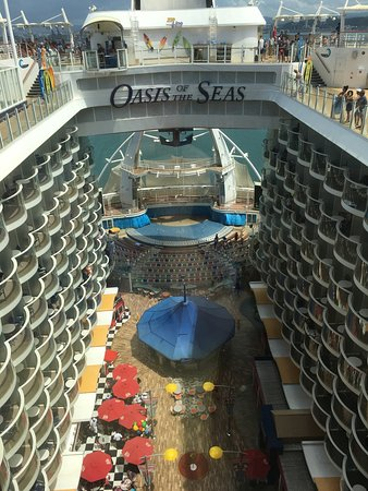Oasis of the Seas: Inside boardwalk balcony rooms