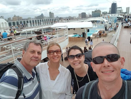 MSC Sinfonia: Day 1 Aboard. Exploring the ship